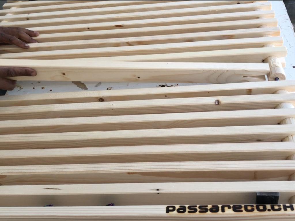 Zusammensetzen eines ecoplate Holzrostes für Lakelive
