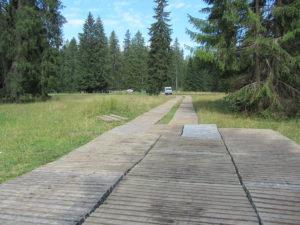 ecotruck Piste und Platz im Jura für Filmdreharbeiten
