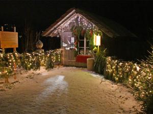 Weihnachtsweg Aeschi bei Spiez im Berner Oberland von Ferne - Willkommen